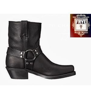 FRYE Men's Harness 8 in Motorcycle Distress Black